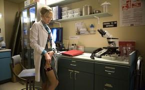 Picture lab, zettai ryoiki, doctor, movie, weapon, gun, 2007, film, cinema, thigh, Planet Terror, Marley Shelton, ...