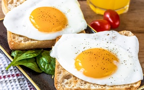 Picture eggs, bread, scrambled eggs, tomatoes