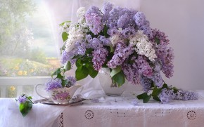 Picture bouquet, spring, lilac, tablecloth