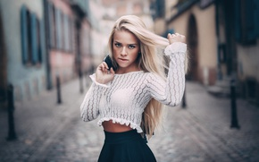 Picture look, street, figure, blonde, long hair, bokeh, Angela Paskevic