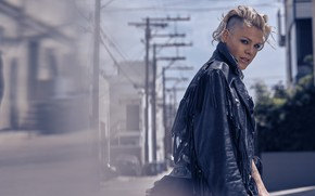 Picture singer, Alecia Beth Moore, P!nk, hairstyle, PINK