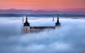 Picture mountains, fog, morning, Cathedral