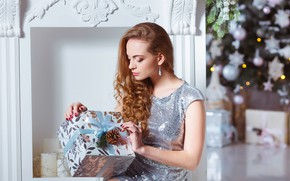 Picture girl, holiday, box, gift, new year, makeup, dress, hairstyle, brown hair, beautiful, bump, ribbons, brilliant