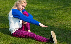 Picture blouse, young, exercise, blonde, shoe, slim, Margot Reese, pants leg