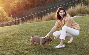 Picture girl, dog, Kendall Jenner, Kendall Jenner