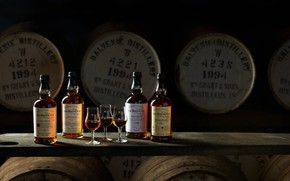 Picture alcohol, bottle, whiskey, barrels