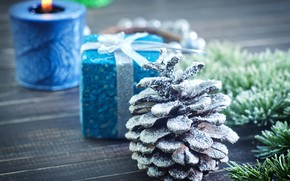 Picture holiday, new year, candle, spruce, bump