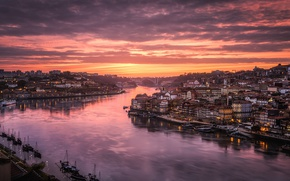 Wallpaper the sky, light, the city, river, home, the evening, Portugal, Port, the Douro river