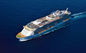 Picture The ocean, Sea, White, Liner, Top, The ship, Oasis of the Seas, Passenger, Royal Caribbean …