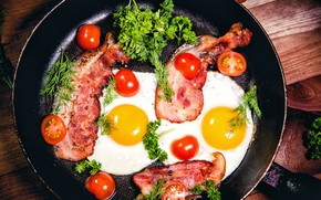Picture greens, eggs, scrambled eggs, tomatoes, bacon, eggs, tomatoes, pan, bacon