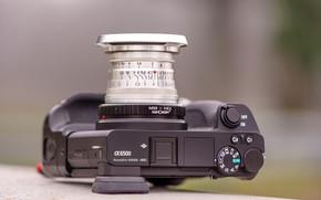 Picture the camera, lens, 50mm, Jupiter-8