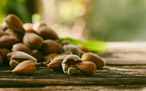 Picture nuts, almonds, Almond