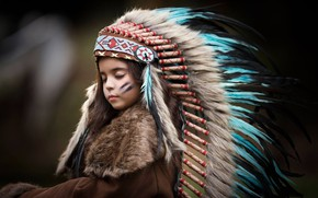 Picture style, portrait, feathers, girl, roach