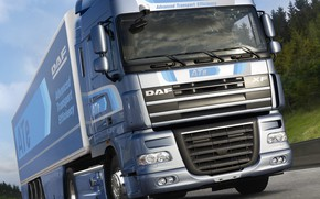 Picture the sky, clouds, trees, movement, track, DAF, tractor, DAF, Space Cab, gray-blue, the trailer, 4x2, ...