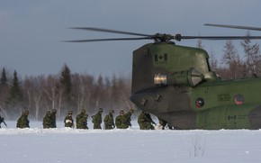 Picture soldiers, Chinook, CH-147