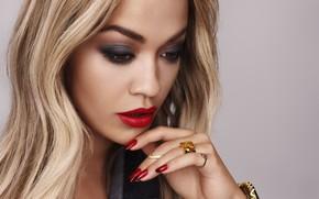 Picture portrait, singer, Rita Ora