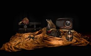 Wallpaper keys, travel, musical instrument, still life, chest, flower, lamp, receiver