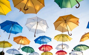 Picture colors, flying, umbrella