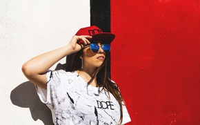 Picture summer, face, style, wall, graffiti, model, glasses, cap