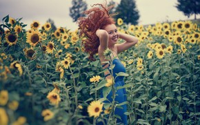 Wallpaper red, smile, hair, redhead, mood, girl, curls, field, sunflowers
