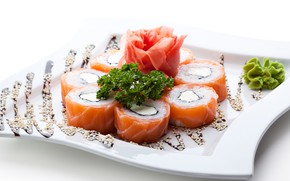 Picture fish, rolls, seafood, wasabi, ginger, serving