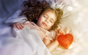 Picture heart, sleep, crown, girl, Princess, child, bokeh