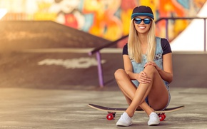 Wallpaper sneakers, graffiti, Board, wall, dzhinsovka, hairstyle, shorts, mood, cap, glasses, skate, skateboard, pose, blonde, smile, ...