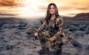 Wallpaper girl, bow, hunting, camouflage
