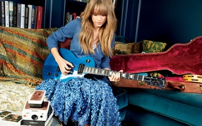 Wallpaper sofa, guitar, Taylor Swift, photoshoot, case, Taylor Swift, Glamour, Patrick Demarchelier