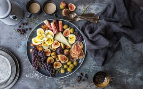 Picture eggs, cheese, grapes, fruit, fruit, grapes, bacon, eggs, cheese, figs, figs, bacon
