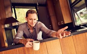 Wallpaper photoshoot, 2016, mood, Tom Hiddleston, Tom Hiddleston, actor, Eric Ray Davidson, smile, shirt, Esquire, mug