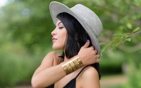 Picture hat, brunette, bokeh, Vanessa