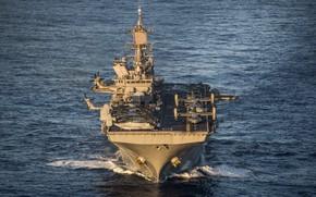 Picture ship, landing, Universal, USS America, (LHA 6)