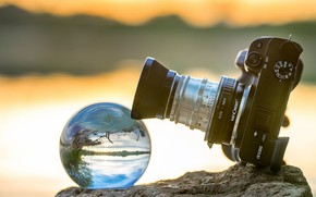 Picture ball, lens, camera