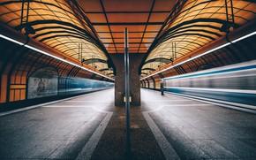 Picture Munich, Metro, Symmetry