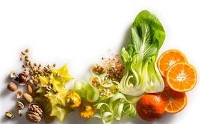 Picture nuts, vegetables, salad, Mandarin