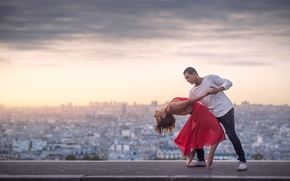 Picture the city, view, height, dance, pair, Clotilde Martin