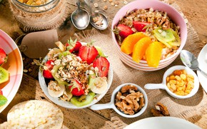 Picture Breakfast, kiwi, strawberry, nuts, muesli