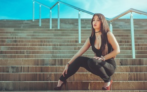 Picture the city, neckline, steps, Gina Blanch