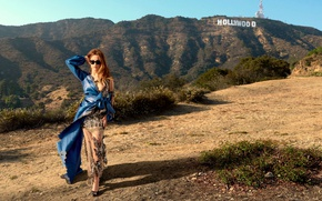 Picture the sun, landscape, pose, mountain, figure, dress, actress, glasses, hairstyle, outfit, Hollywood, brown hair, Glamour, …