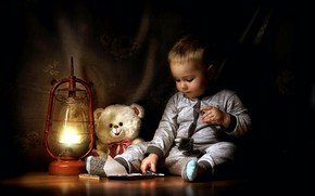 Picture lamp, chocolate, boy, bear