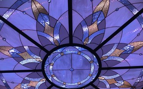 Picture glare, texture, the ceiling, stained glass, ornament, fragment, colored glass, sparkle glass, the play of ...