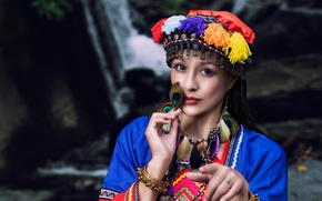 Picture look, girl, style, bracelets, headdress, feathers