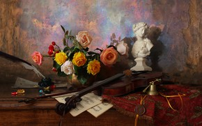 Picture notes, pen, violin, roses, figurine, still life, bell