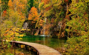Picture waterfall, bridges, Croatia, Plitvice lakes, autumn Park