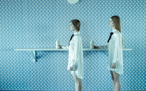 Picture wall, milk, two girls