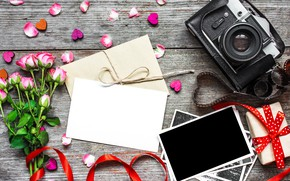 Picture flowers, photo, roses, bouquet, camera, frame, petals, gifts, hearts, love, vintage, photo, wood, pink, camera, ...