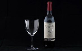 Picture wine, glass, bottle