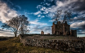 Picture nature, castle, the fence, Balvaird Castle