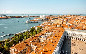Wallpaper the sky, river, home, boats, roof, horizon, Italy, panorama, Venice, boats, Sunny